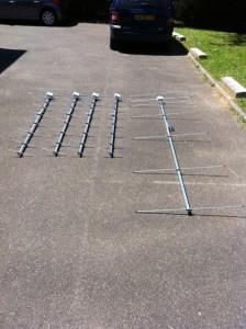 4 x 10 éléments DK7ZB UHF + 1 x 7 éléments VHF